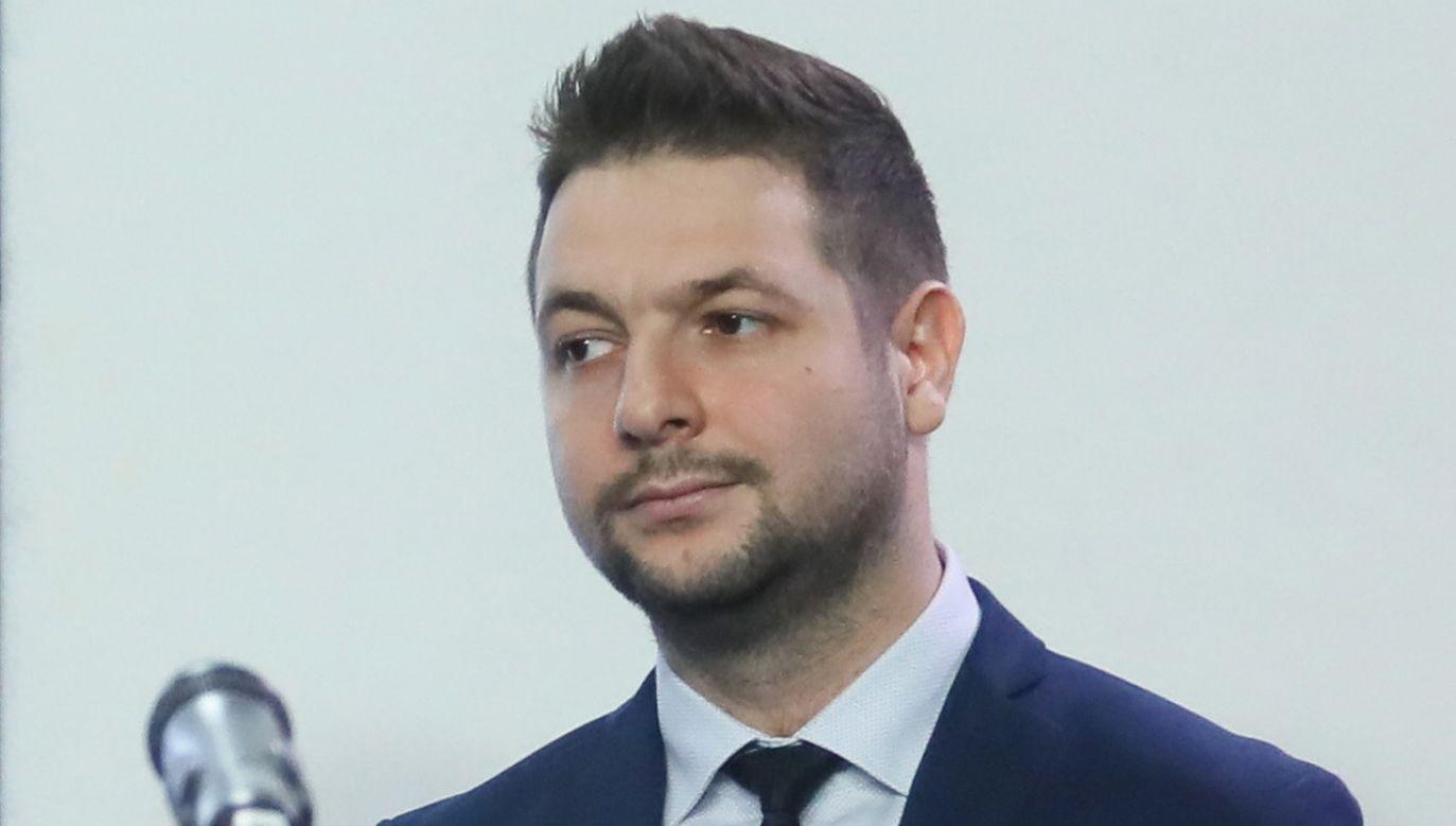 Patryk Jaki w TVP Info o kandydowaniu na prezydenta Warszawy (fot. PAP/Paweł Supernak)
