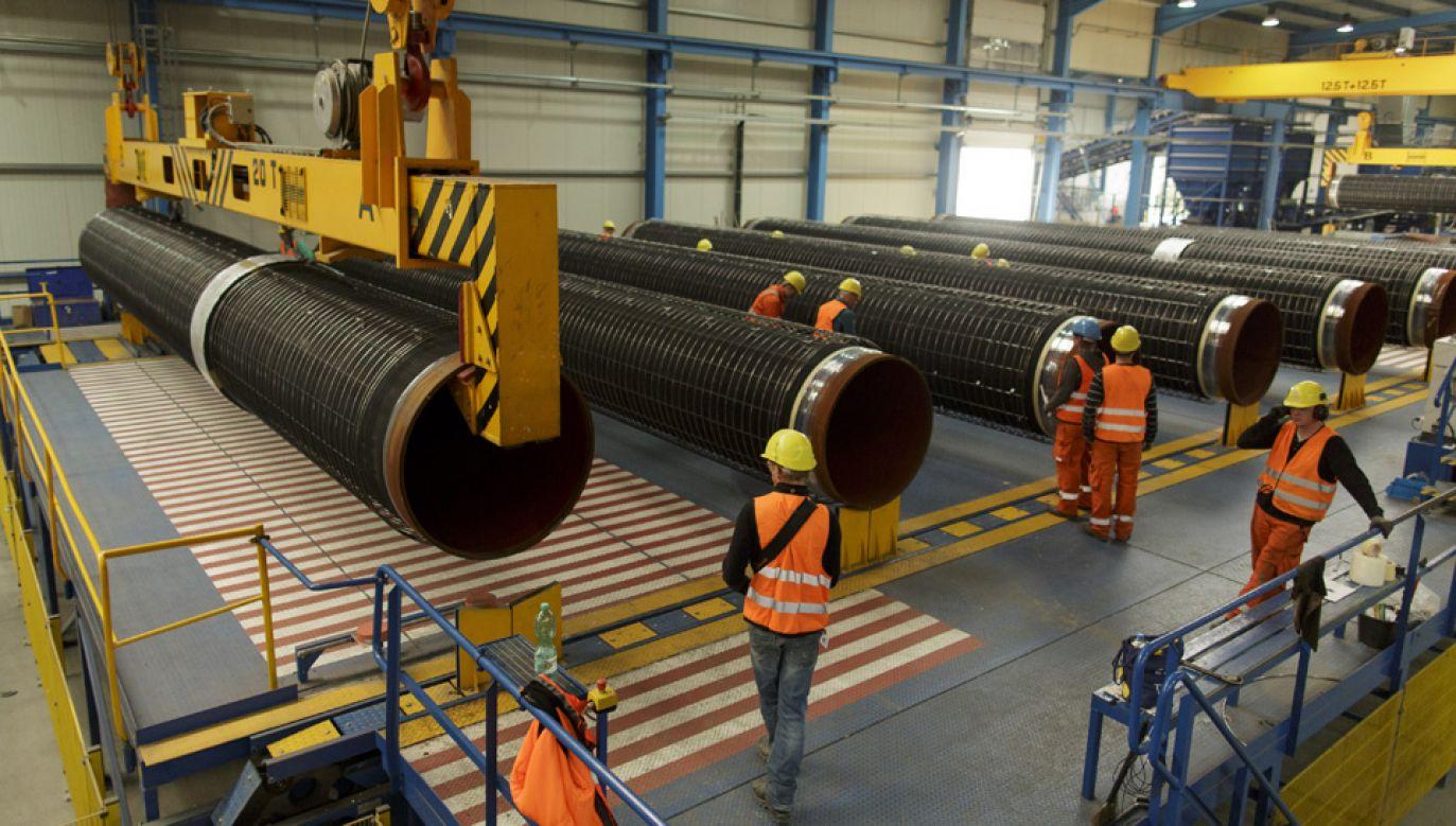 Nord Stream 2 miałby rozpocząć dostarczanie gazu już w przyszłym roku (fot. Carsten Koall/Getty Images)