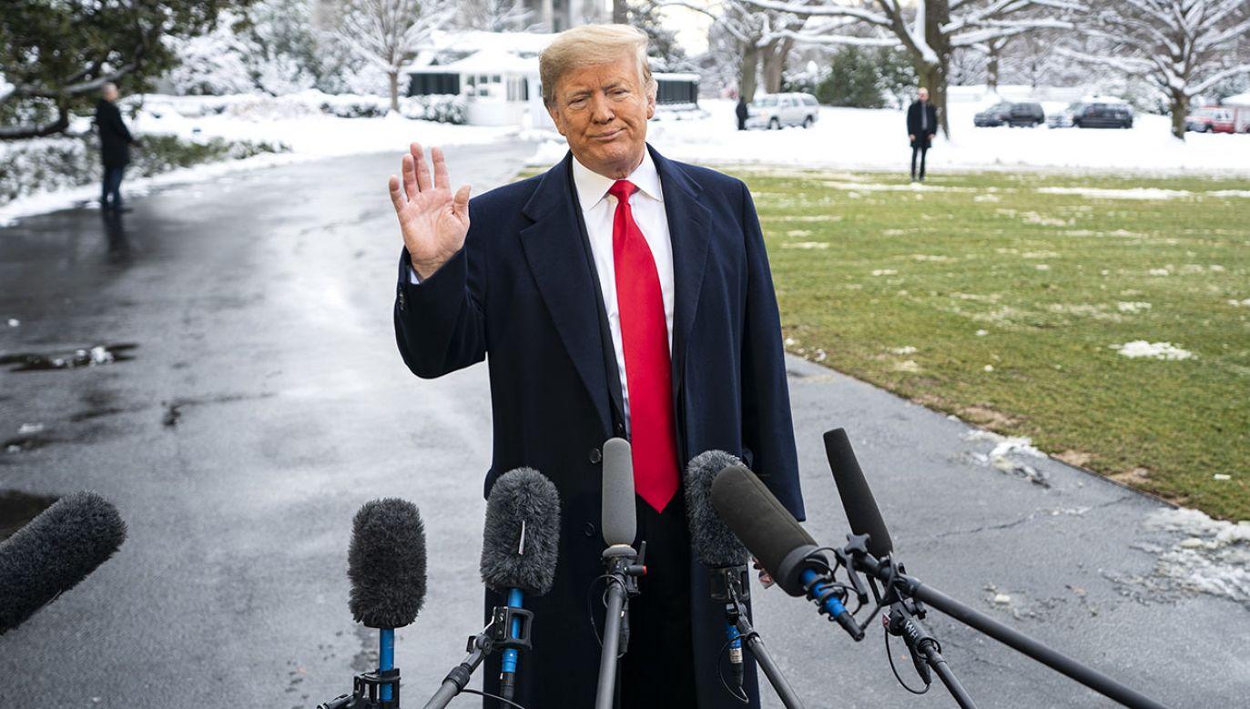 Donald Trump zapewniał, że nie zlecał Michaelowi Cohenowi łamania prawa (fot. PAP/EPA/JIM LO SCALZO)