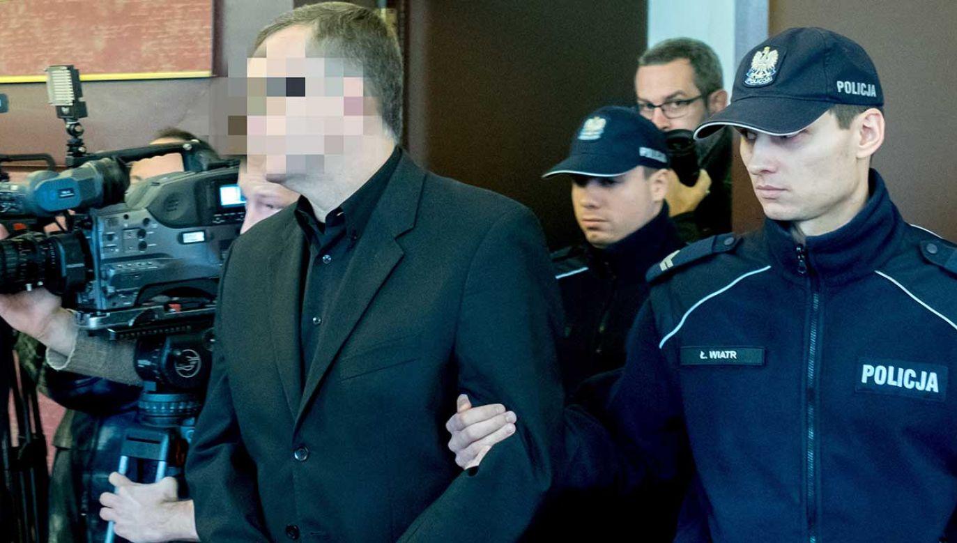 Spadkobierca może być uznany za niegodnego dziedziczenia jeżeli dopuści się ciężkiego przestępstwa przeciwko spadkodawcy (fot. arch. PAP/Andrzej Grygiel)
