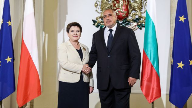 Premier RP Beata Szydło (L) oraz premier Bułgarii Bojko Borisow (P)  (fot. PAP/Rafał Guz)