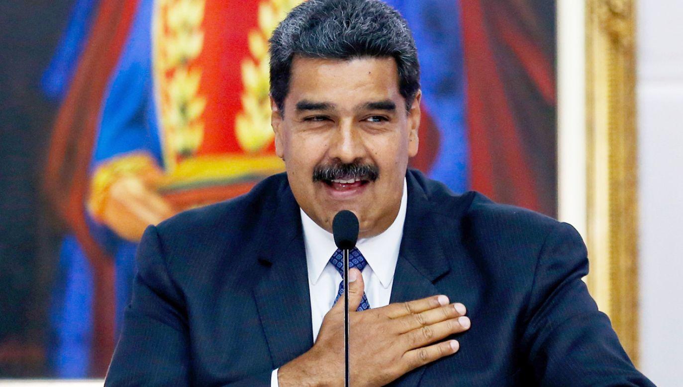 Nicolas Maduro świętuje wyborcze zwycięstwo (fot. PAP/EPA/MIGUEL GUTIERREZ)