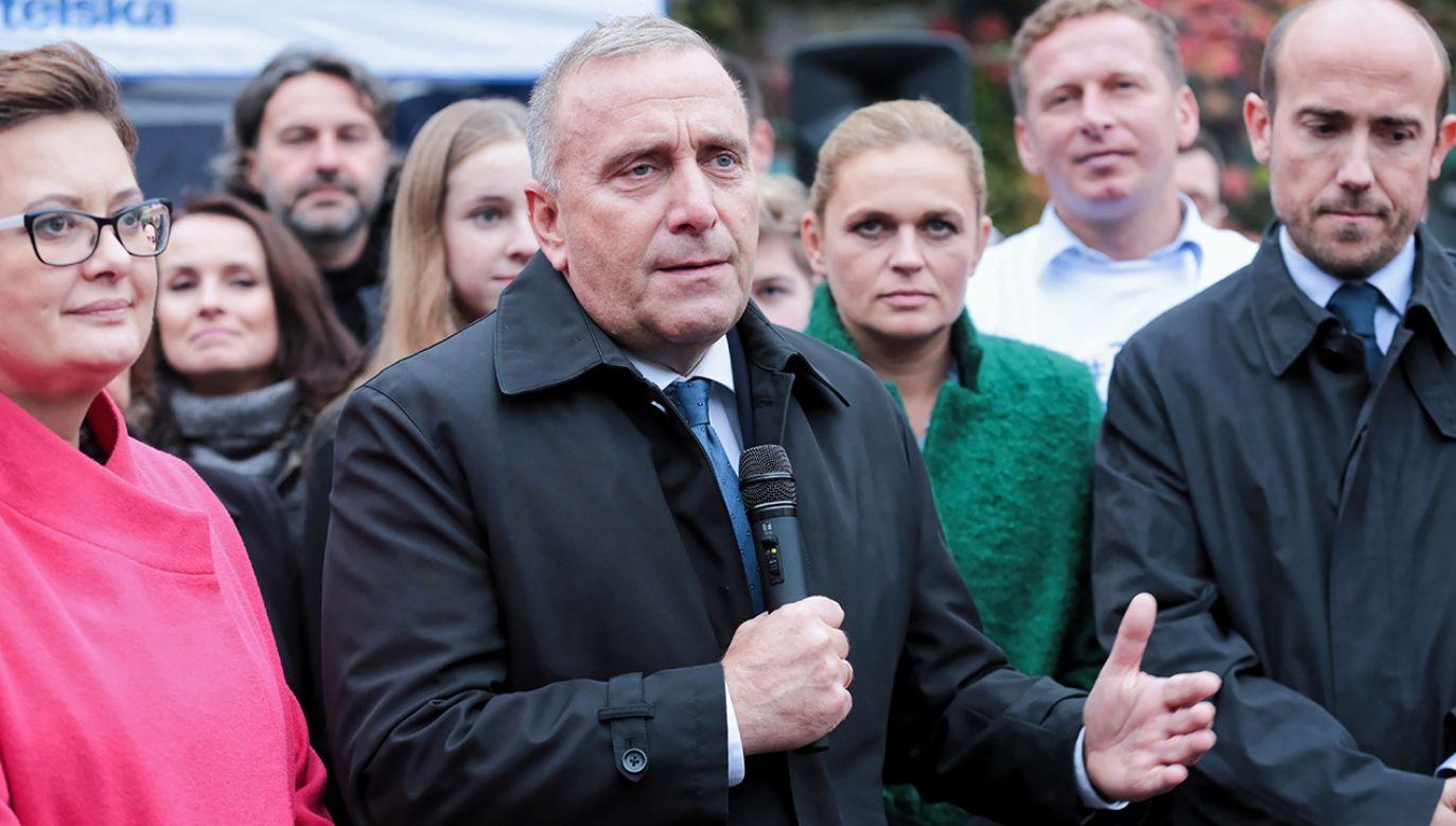W zawiadomieniu Wojnarowski pisze, że jest jedną z ofiar Schetyny (fot. PAP/Hanna Bardo)