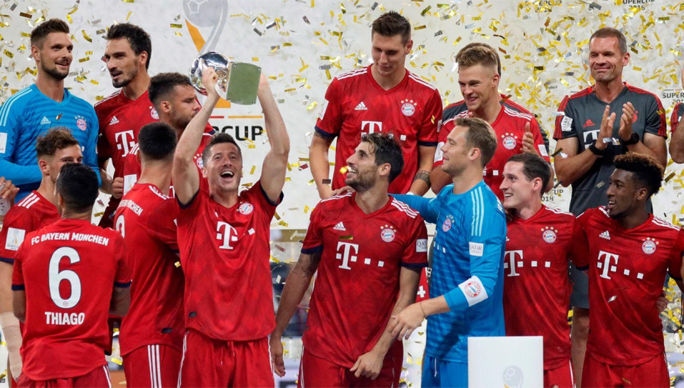 Robert Lewandowski poprowadził Bayern do kolejnego triumfu (fot. PAP/EPA/RONALD WITTEK)