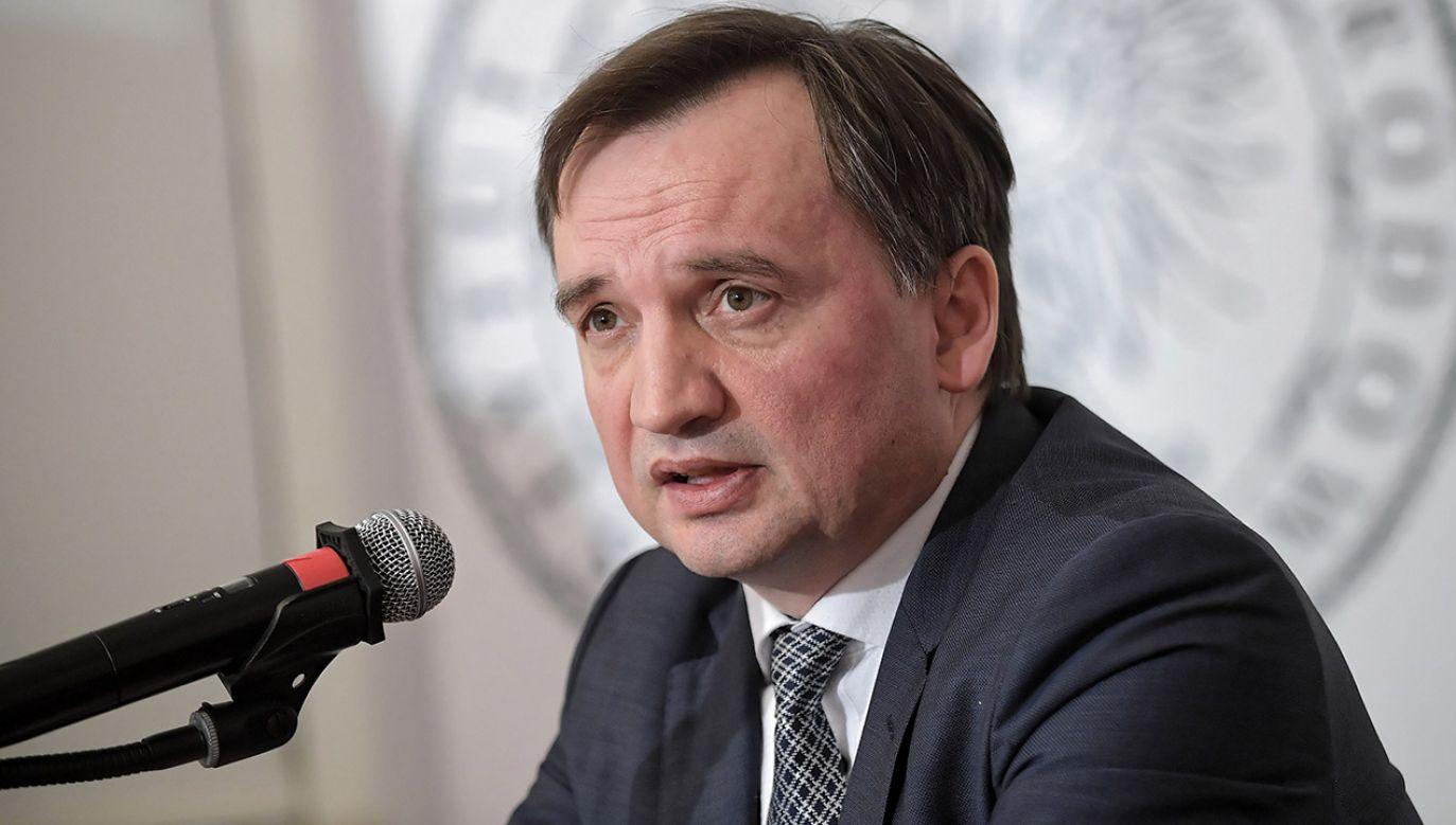 – Chodzi o prawo czy coś innego? – pytał minister sprawiedliwości w TVP Info (fot. PAP/Marcin Obara)