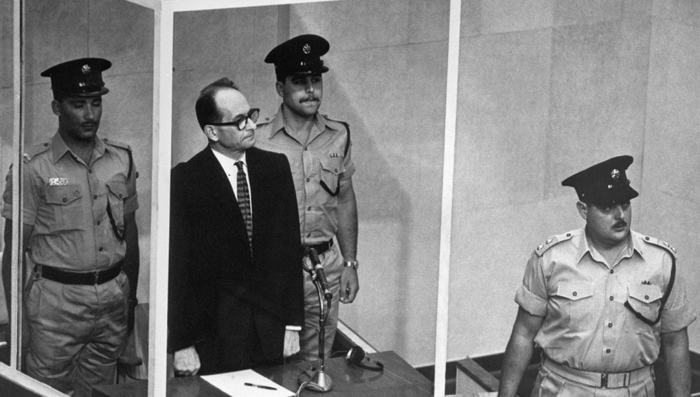 Adolf Eichmann przed izraelskim trybunałem (fot. Getty Images / Bettmann / Contributor)