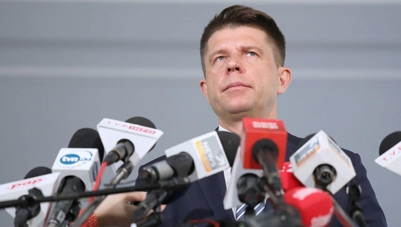 Petru oświadczył, że nie wystartuje w wyborach do Parlamentu Europejskiego (fot. arch.PAP/Tomasz Gzell)