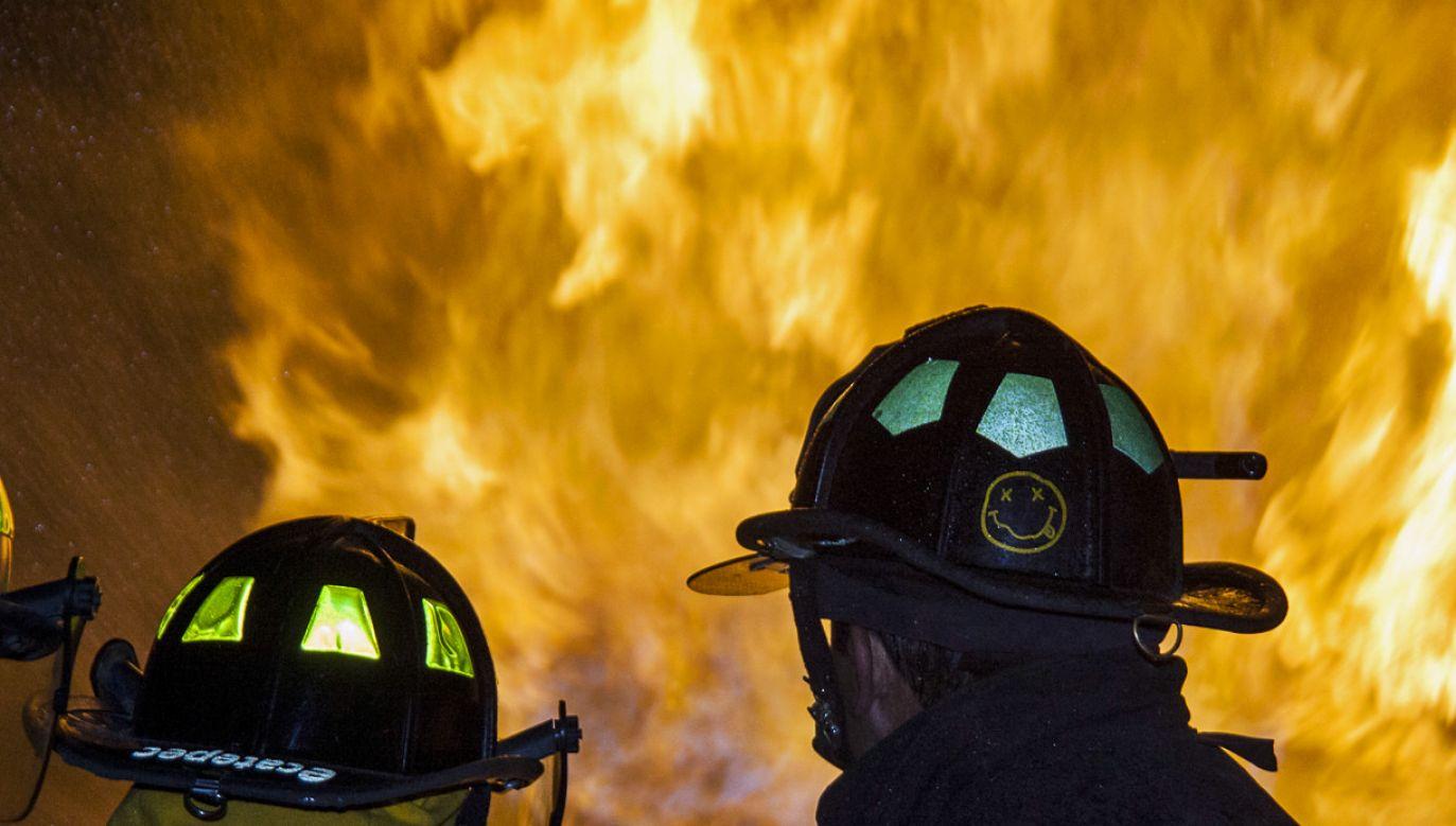 Pożar wybuchł w nocy z wtorku na środę (fot. flickr.com/Serge Saint)