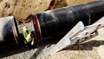 Obecnie trwa budowa Nord Stream 2 (fot. Sean Gallup/Getty Images)
