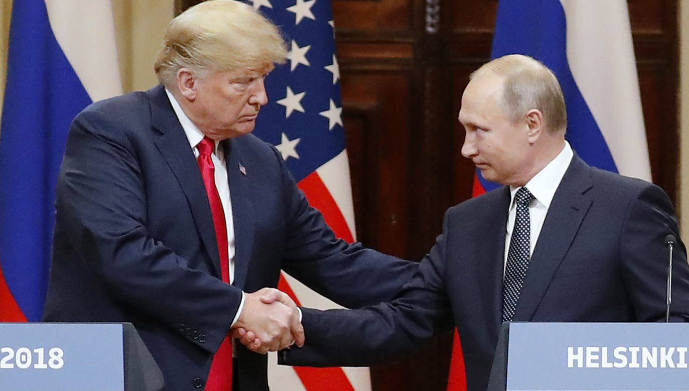 US President Donald Trump (L) and Russian President Vladimir Putin (R) at the end of a joint press conference following their summit talks in Helsinki, Finland, 16 July 2018. Photo: PAP/EPA/ANATOLY MALTSEV