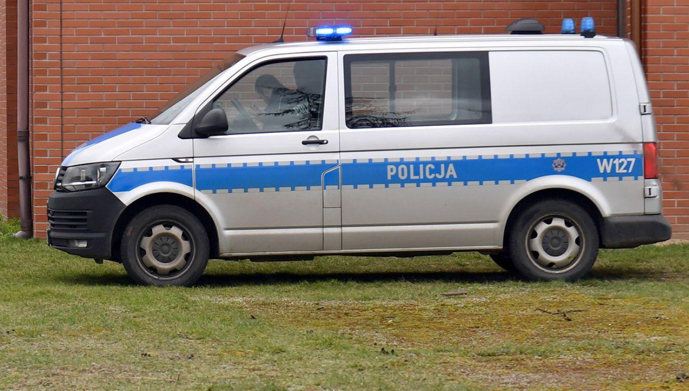 39-latka usłyszała zarzut kradzieży z włamaniem i wyraziła chęć dobrowolnego poddania się karze (fot. PAP/Marcin Bielecki, zdjęcie ilustracyjne)
