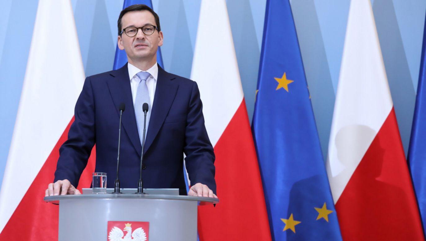 """Premier Mateusz Morawiecki poinformował o rządowym programie """"Mosty dla regionów"""" (fot. PAP/Tomasz Gzell)"""