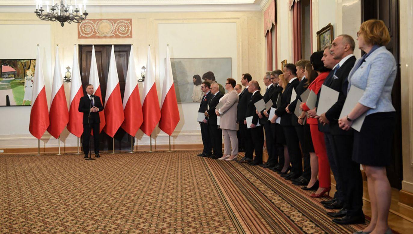 Prezydent podczas uroczystości powołania Rady ds. Przedsiębiorczości przy prezydencie RP (fot. PAP/Radek Pietruszka)