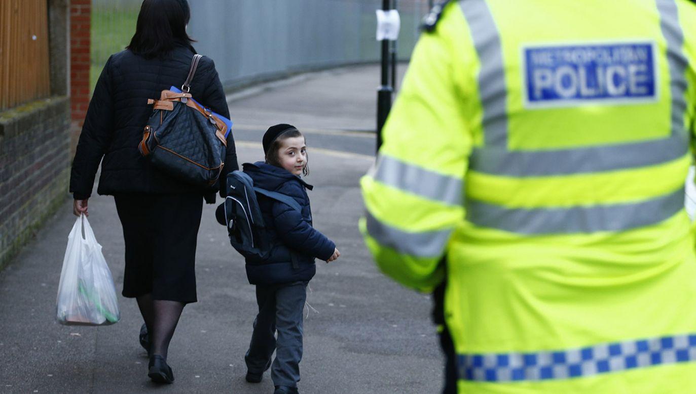 W ostatnich tygodniach w Paryżu pojawiło się wiele napisów i haseł antysemickich (fot. REUTERS/Andrew Winning)