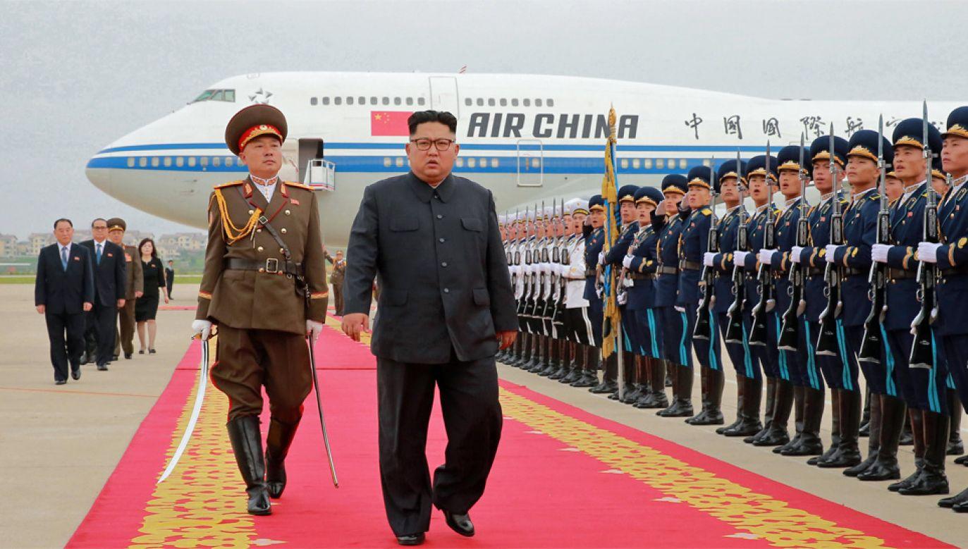 Kim Dzong Un ma przebywać w Chinach dwa dni (fot. PAP/EPA/KCNA)