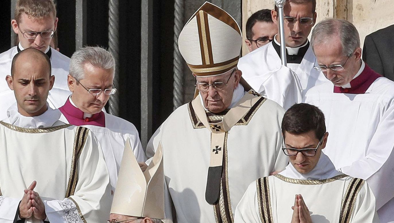 Papież Franciszek porównał pedofilię do składania ofiar z dzieci (fot. PAP/EPA/GIUSEPPE LAMI)