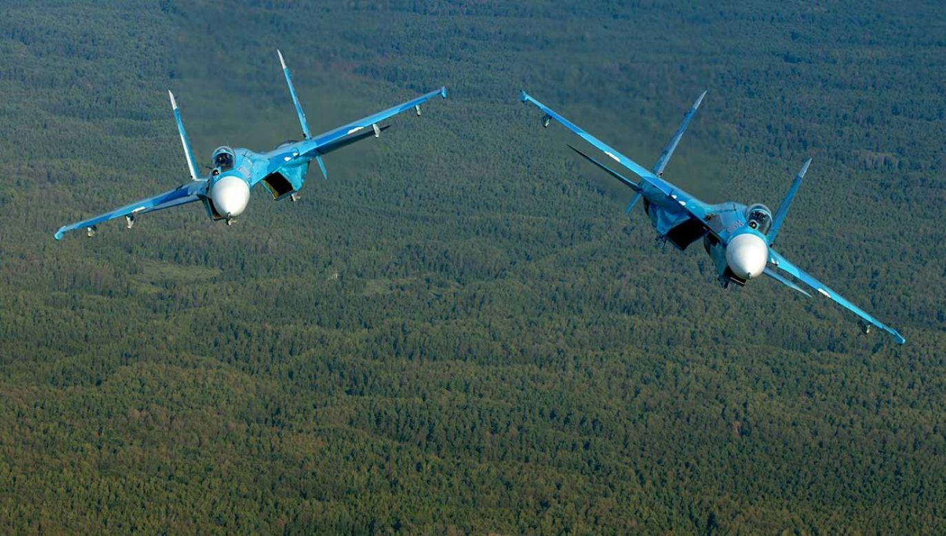 22 grudnia na anektowany pólwysep zostanie przerzuconych dziesięć myśliwców Su-27SM i Su-30M2 (fot. PAP/RUSSIAN LOOK)