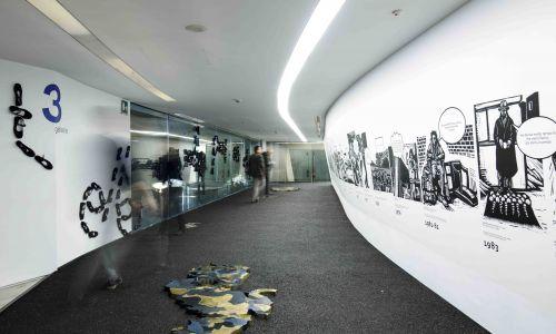 """Wystawa """"Ulica. Tam, gdzie tworzy się świat"""". Fot. Musacchio, Ianniello & Ruscio, dzięki uprzejmości Fondazione MAXXI"""
