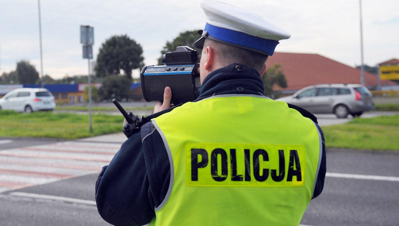 Jacek W. odpowie przed sądem za próbę wręczenia korzyści majątkowej funkcjonariuszowi policji w zamian za odstąpienie od wystawienia mandatu (fot. arch.PAP/Marcin Bielecki)