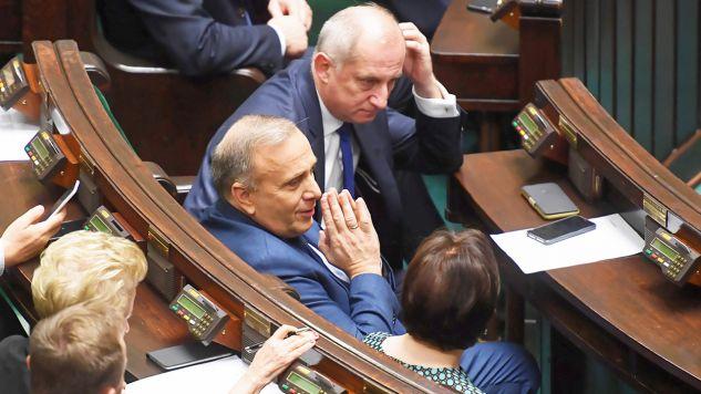 Lider PO uważa, że doszło do korupcji politycznej (fot. PAP/Piotr Nowak)