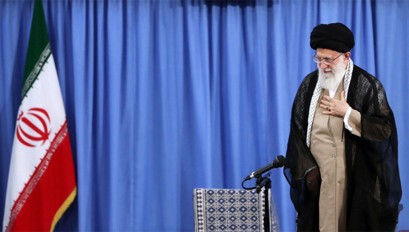 Najwyższy przywódca duchowy Iranu Ali Chamenei (fot. PAP/EPA/HO HANDOUT)