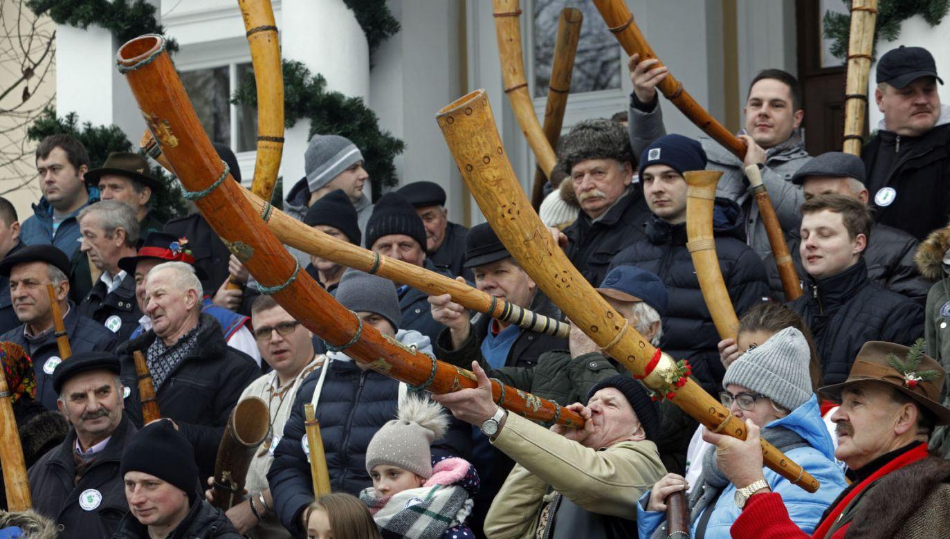 Uczestnicy konkursu w Ciechanowcu (fot. PAP/Artur Reszko)