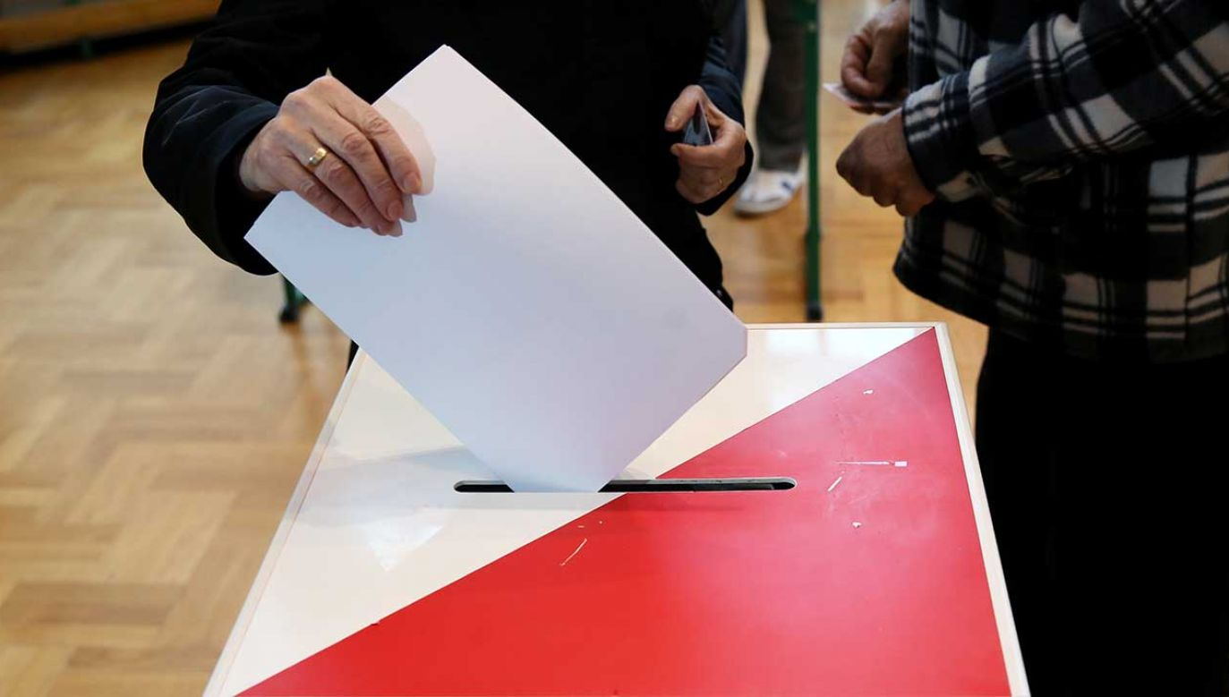 """Przewodniczący PKW powiedział, iż """"nie ma wątpliwości, że wybory zostaną przeprowadzone zgodnie z planem"""" (fot. arch. PAP/Tomasz Gzell)"""