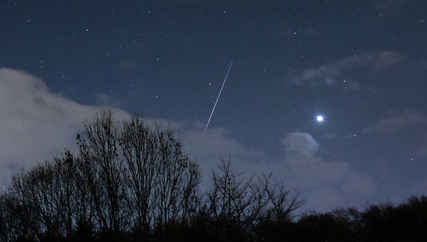 Ziemi zagraża kolizja z asteroidą?  (fot. Ian Forsyth/Getty Images)