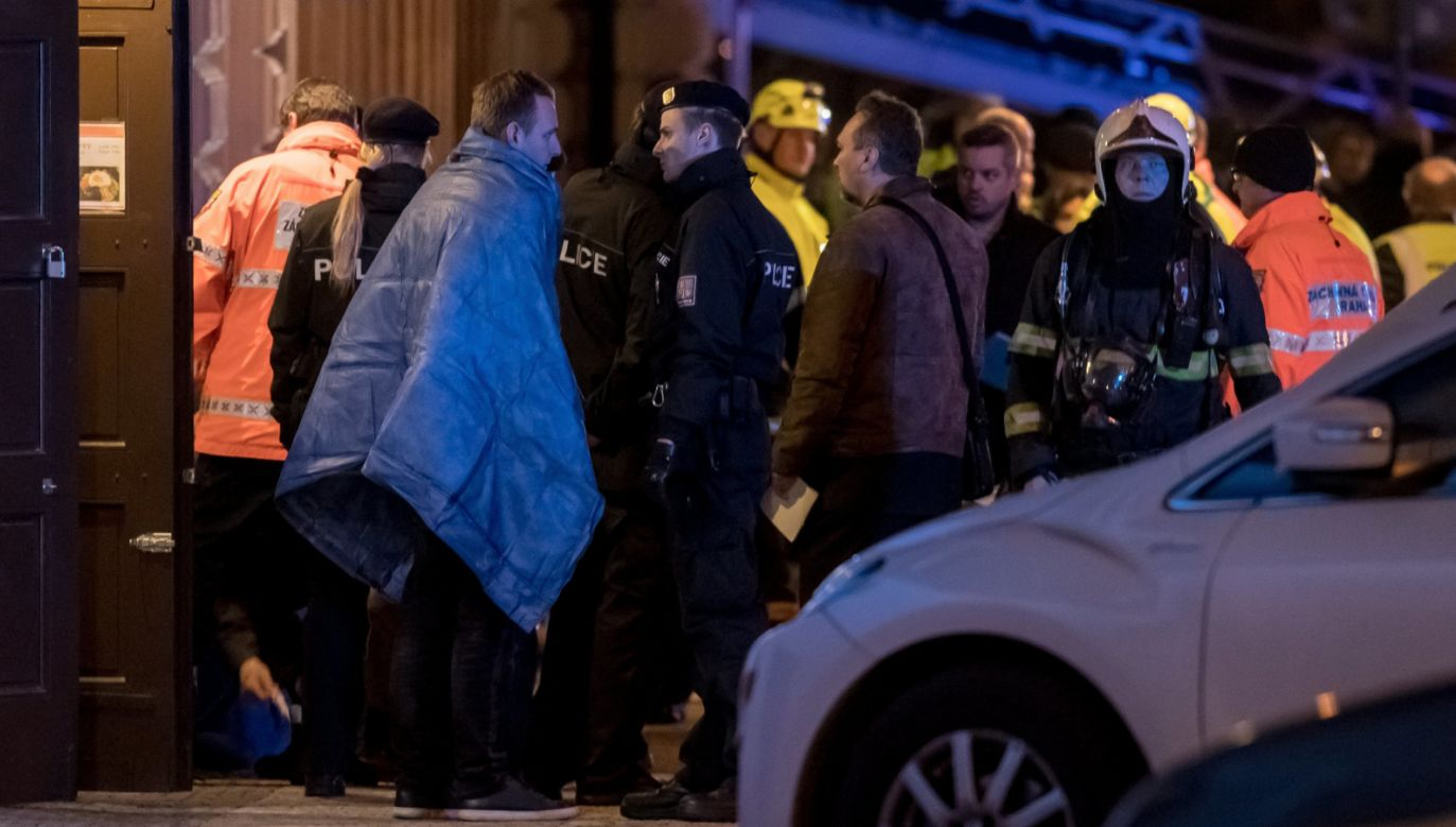 Pożar wybuchł w hotelu w centrum Pragi  (fot. PAP/EPA/MARTIN DIVISEK)