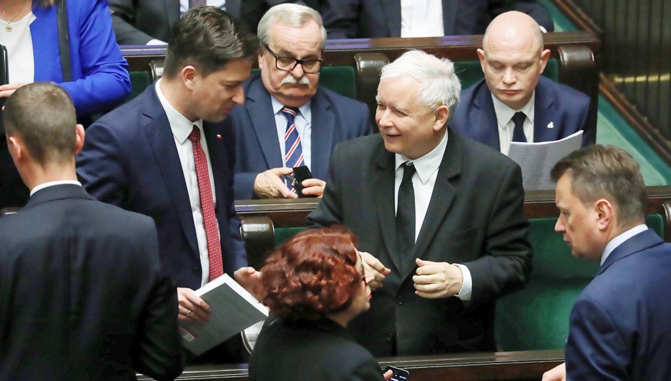Za przyjęciem nowelizacji ustawy było 235 posłów, przeciw 168, nikt nie wstrzymał się od głosu  (fot. PAP/Tomasz Gzell)