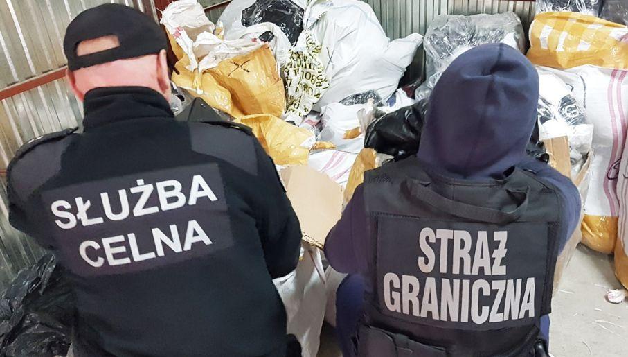 cf021a5e32e47 Straż Graniczna i KAS przechwyciły towar o wartości co najmniej kilku  milionów zł (fot. Izba Administracji Skarbowej w Katowicach)
