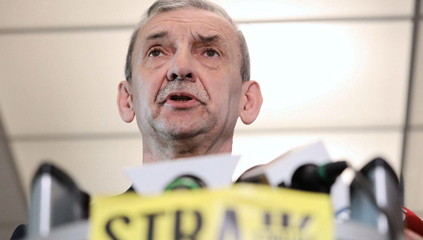– Nie ma możliwości udziału w radach pedagogicznych – oświadczył szef ZNP (fot. PAP/Tomasz Gzell)
