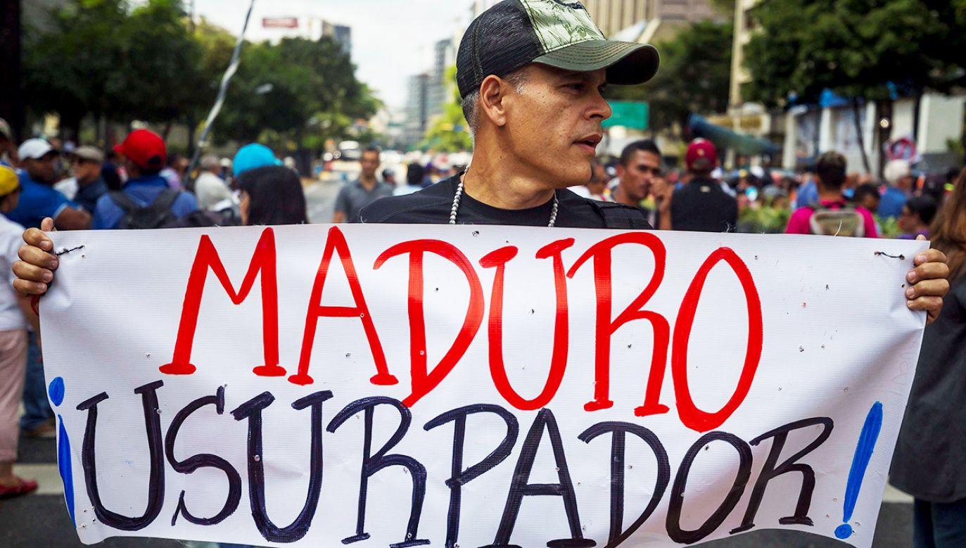 Wenezuela od kilku lat pogrążona jest w kryzysie gospodarczym i społecznym (fot. PAP/EPA/MIGUEL GUTIERREZ)