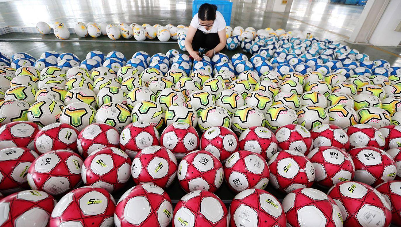 Na chińskie towary będą nakładane zwiększone taryfy (fot. VCG/VCG via Getty Images)