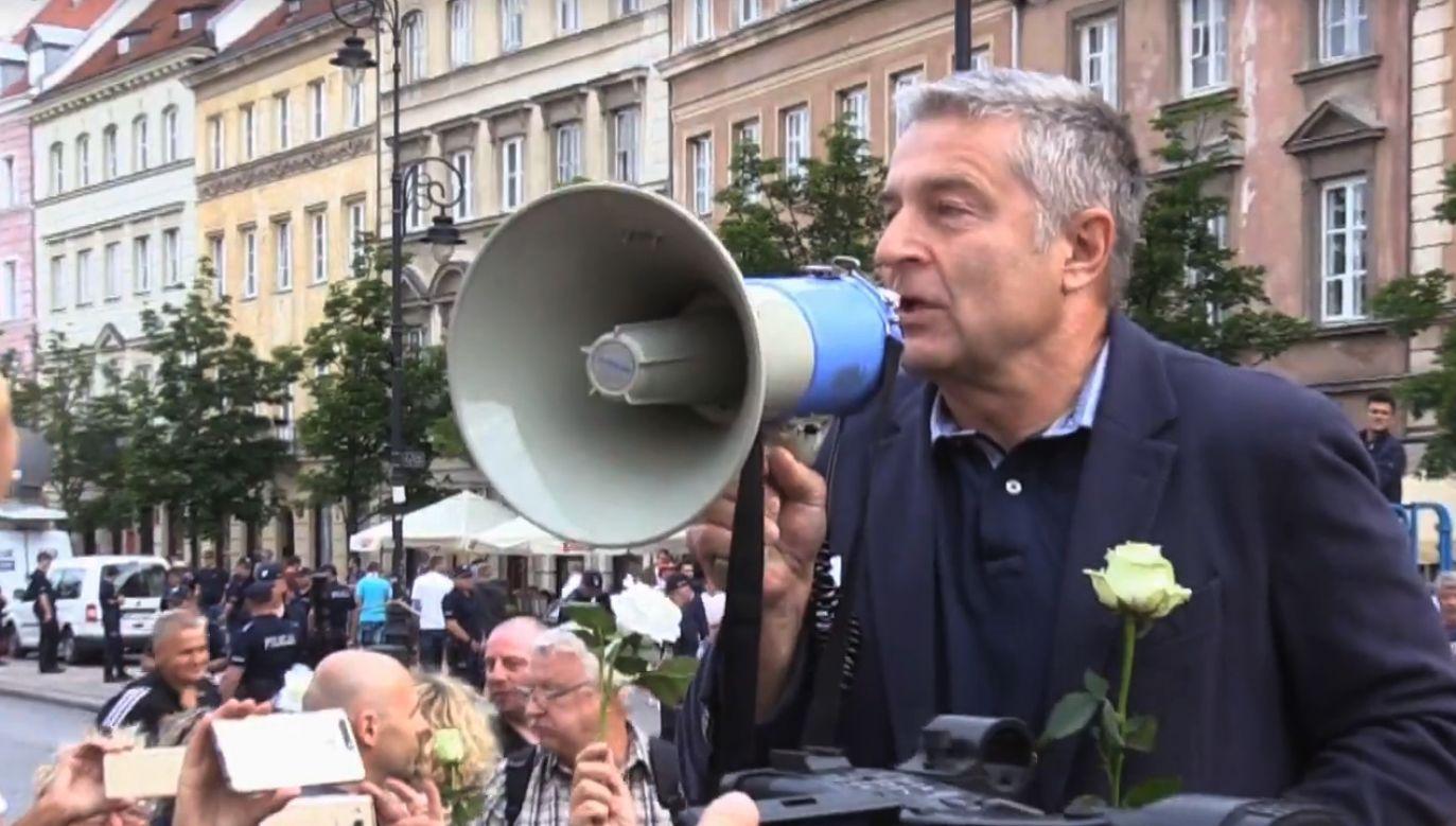 Władysław Frasyniuk został zatrzymany przez policję w trakcie incydentu 10 czerwca 2017 r. (fot. yt/Blogpressportal)