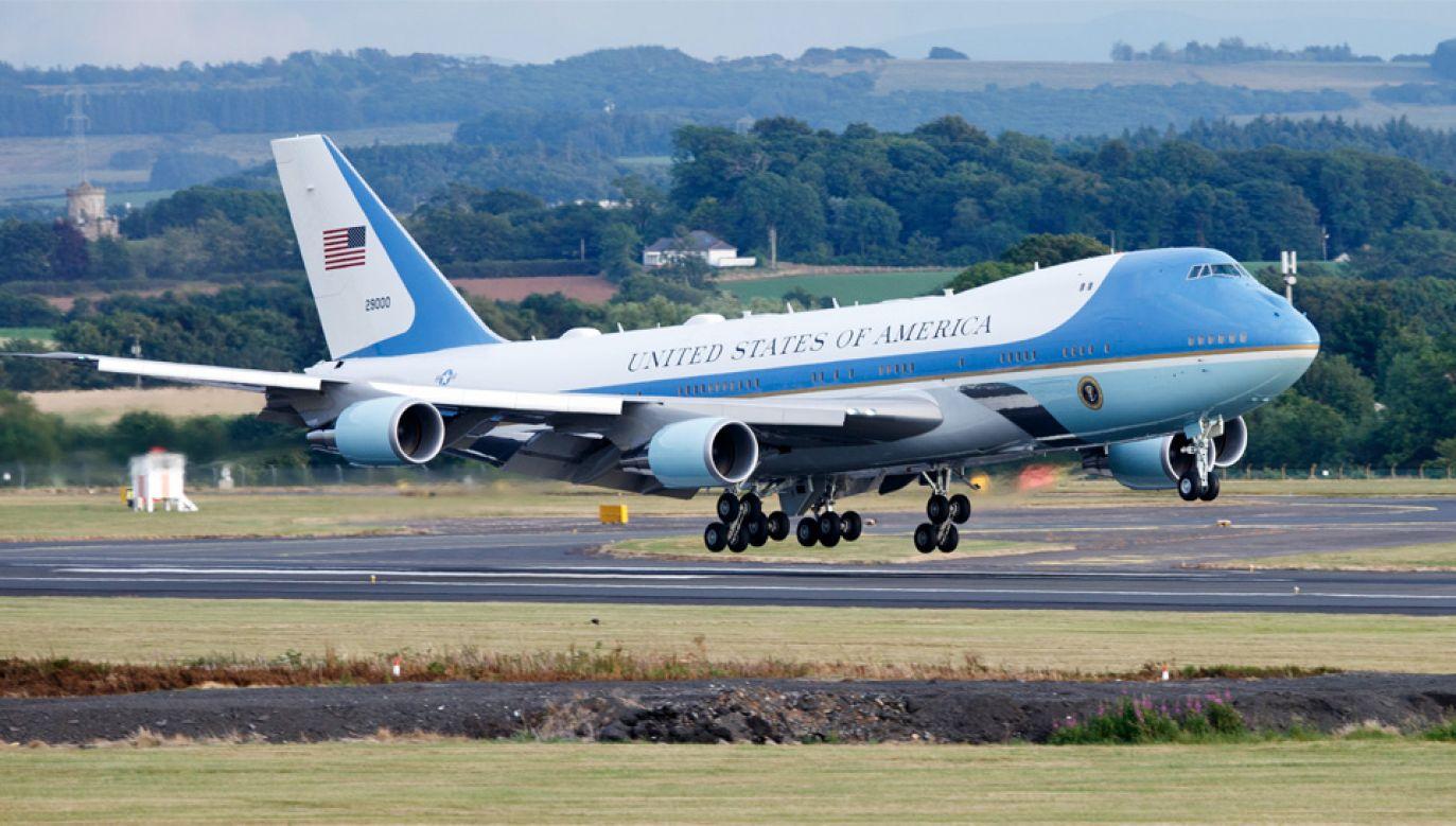 Samoloty Air Force One służą kolejnym amerykańskim prezydentom (fot. PAP/EPA/Robert Perry)