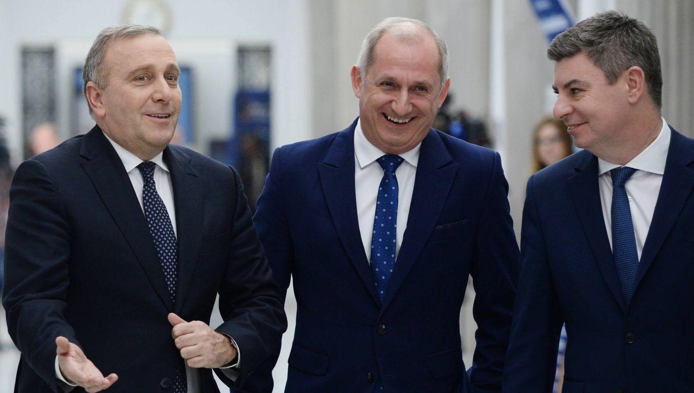 Przewodniczący PO Grzegorz Schetyna , przewodniczący KP PO Sławomir Neumann i rzecznik PO Jan Grabiec (fot. PAP/Jacek Turczyk)