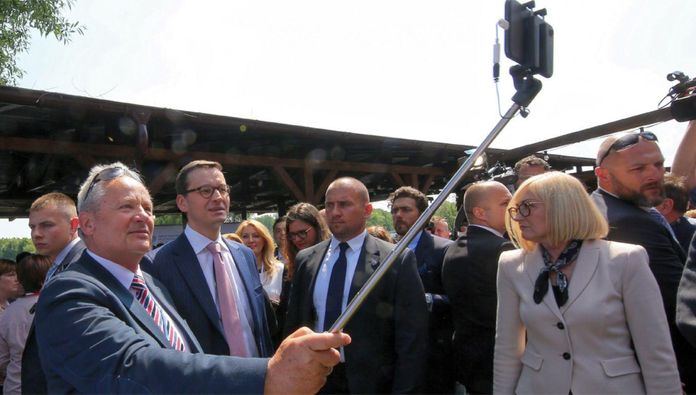 Premier Mateusz Morawiecki zapewnia, że nia ma planów przesunięcia wyborów samorządowych (fot. PAP/Tomasz Wojtasik)