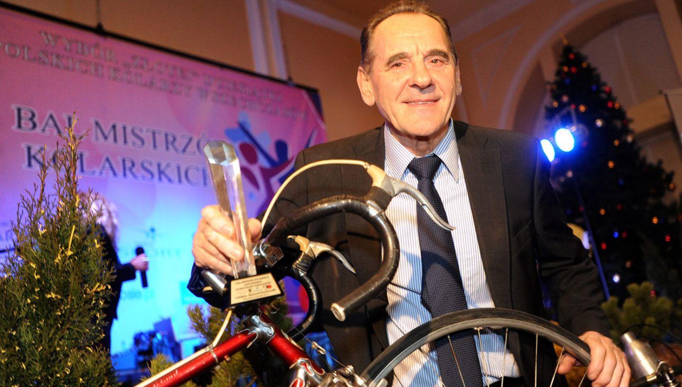 Ryszard Szurkowski to jeden z najwybitniejszych w historii polskich kolarzy szosowych. Sławę przyniósł mu Wyścig Pokoju (fot. arch.PAP/Bartłomiej Zborowski)