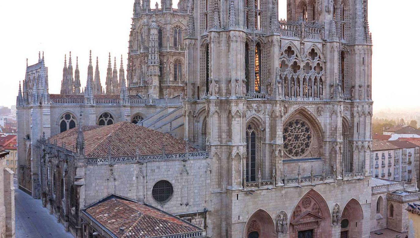 Katedra w Burgos jest jedną z najpiękniejszych gotyckich świątyń w Hiszpanii (fot. arch. PAP/DPA/M. Vahlsing)