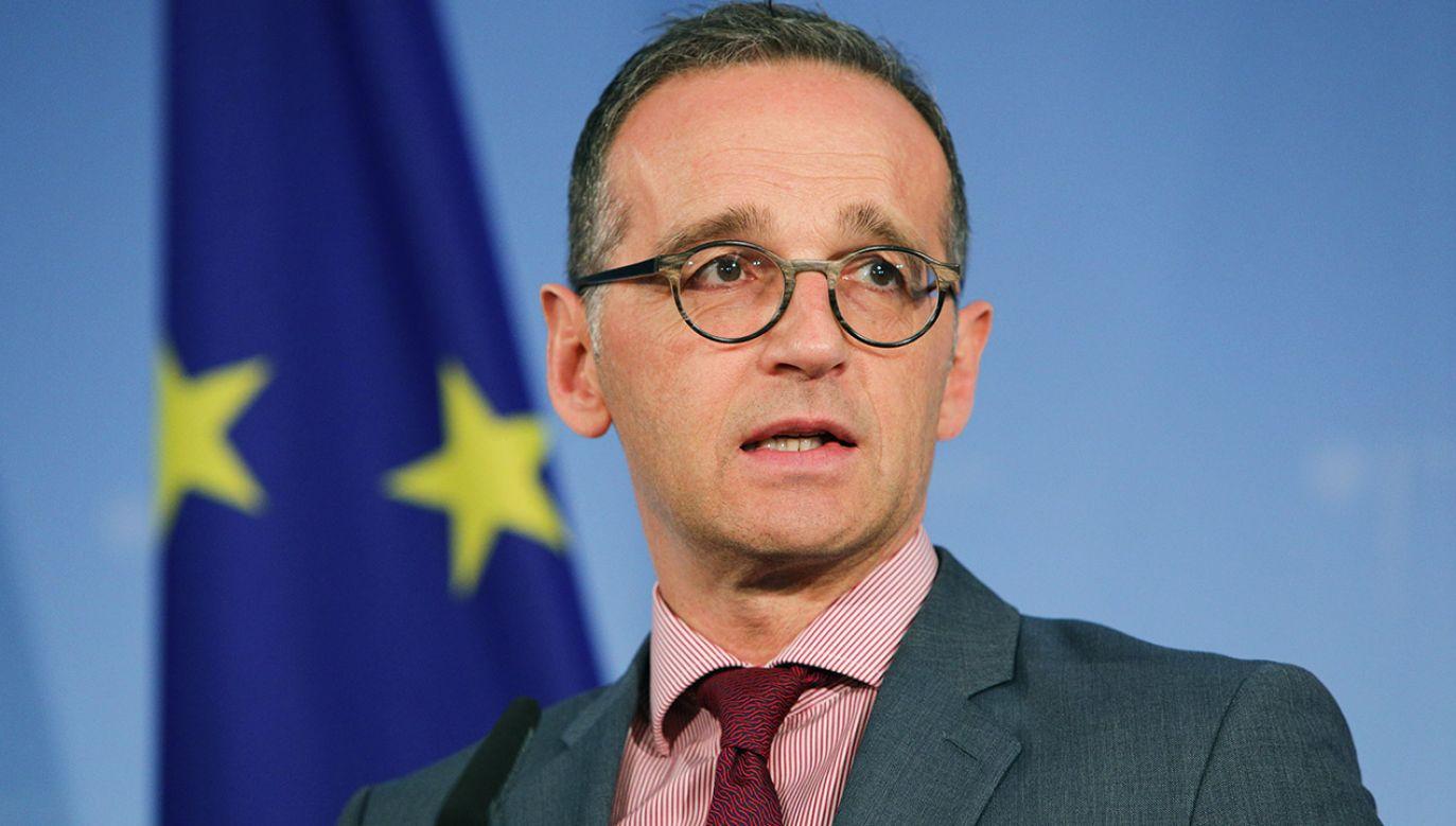 Heiko Maas jest politykiem lewicowej partii SPD (fot. PAP/EPA/OMER MESSINGER)