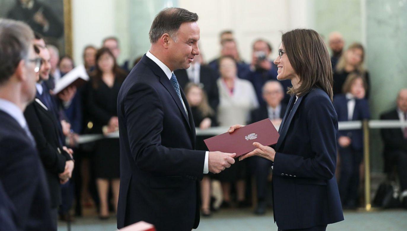 Prezydent Andrzej Duda wręczył akty powołania do pełnienia urzędu sędziego m. in. Sądu Najwyższego (fot. KPRP/Jakub Szymczuk)