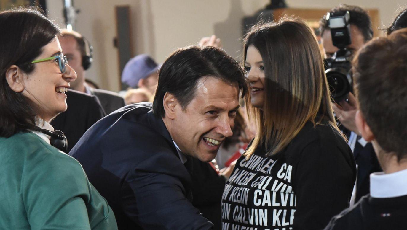 Premier Włoch Giuseppe Conte nie występuje nader często w mediach (fot. PAP/EPA/CROCCHIONI)