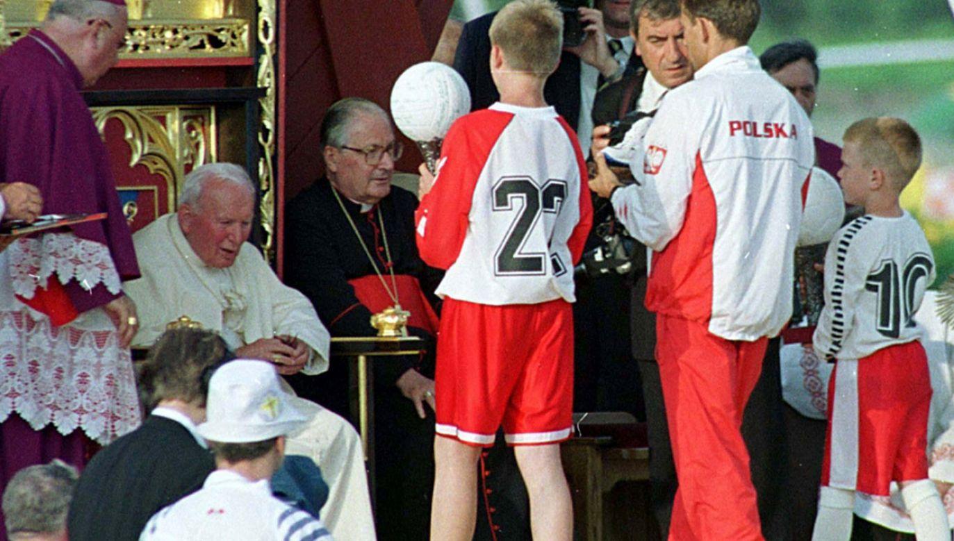 Jan Paweł II w Elblągu w 1999 r. (fot. arch.PAP/Adam Hawałej)