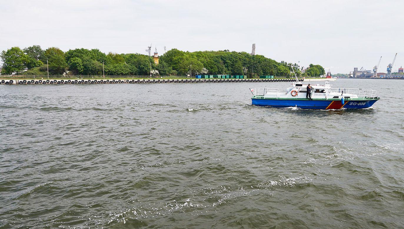 Po awarii zrzucono ścieki do Motławy, która wpływa do Martwej Wisły i dalej do Zatoki Gdańskiej (fot. PAP/Adam Warżawa)