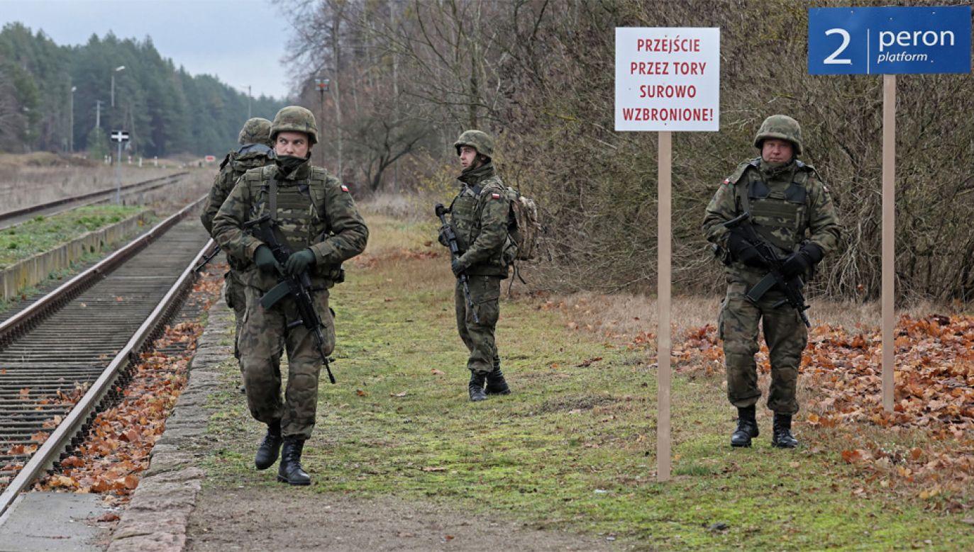 Na ćwiczenia mogą zostać wezwani szeregowi nawet do 50. roku życia (fot. PAP/Artur Reszko)