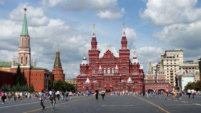 ebbec2393 Policja w Moskwie opublikowała nagranie wideo z zeznaniem kierowcy  taksówki, którą w sobotę wjechał w pieszych w centrum miasta.