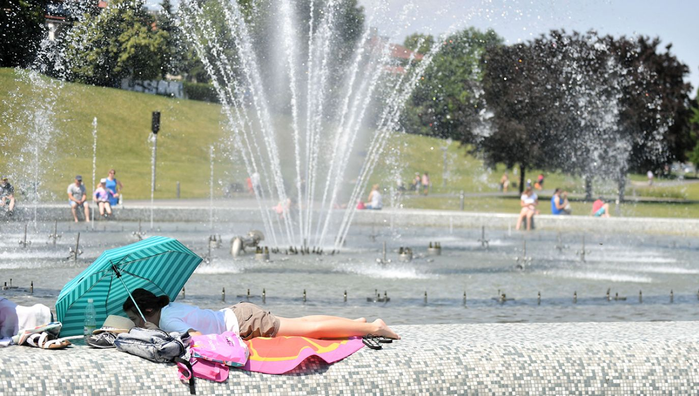 Powietrze w najbliższych dniach nie będzie wilgotne, a temperatura wyniesie około 25 stopni Celsjusza (fot. arch. PAP/Bartłomiej Zborowski)