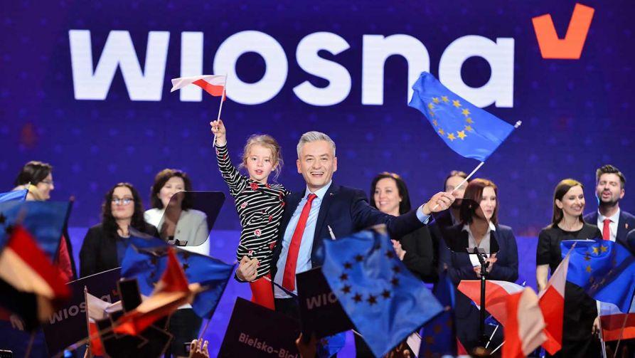 Lider partii Robert Biedroń podczas konwencji Wiosny (fot. PAP/Jakub Kamiński)