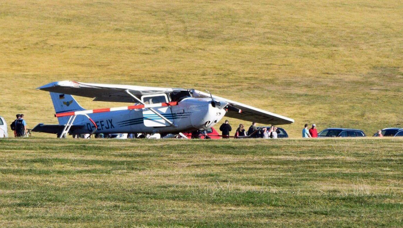 Cessna podczas lądowania uderzyła w grupę ludzi. Są ofiary śmiertelne (fot.PAP/EPA/OSTHESSEN NEWS / Kipper)